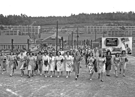 Shift change at Y-12 during the Manhattan project