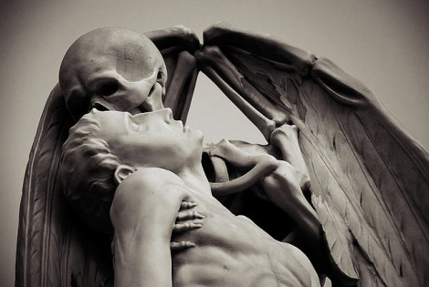 Kiss of death  found in Poblenou Cemetery in Barcelona.